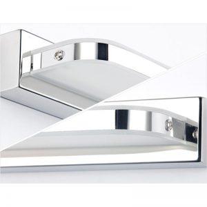 Den-LED-chieu-guong-phong-tam-chong-am-anh02