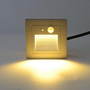 Den-LED-chan-cau-thang-cam-bien-ngoai-troi-3w-anh03
