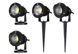 Den-LED-cam-co-ngoai-troi